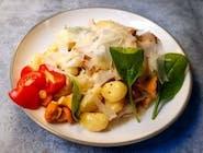 Gniocchi z kurczakiem i kurkami w sosie śmietanowym