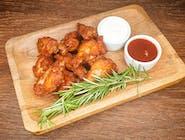 Pikantne skrzydełka (9 szt) 2 sosy