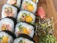 futomaki z mango i łososiem teriyaki