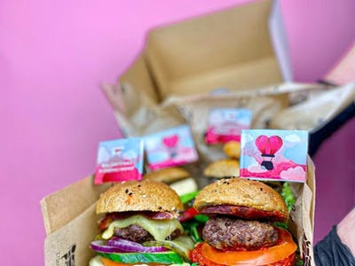 Box - 8 mini burgerów + dodatki