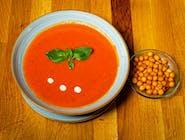 Supă cremă de roșii și crutoane