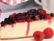 Cheese cake cu topping de fructe de pădure