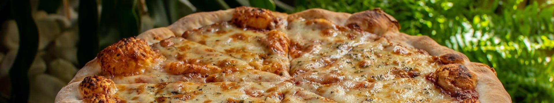 Pyszna pizza z restauracji w Piotrkowie Trybunalskim