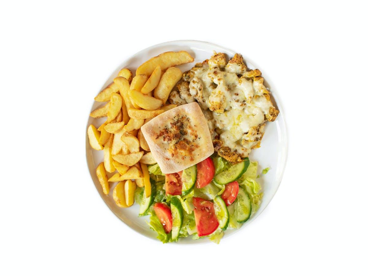 6.Shoarma drobiowa z serem , ziemniaczkami zapiekanymi i sałatką ze świeżych warzyw