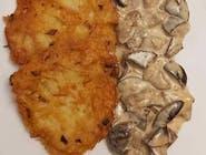 Placki ziemniaczane 4 szt., podawane z sosem z leśnych grzybów