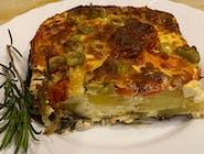 Zapiekanka ziemniaczana  z bakłażanem,pomidorami i oliwkami 350 g