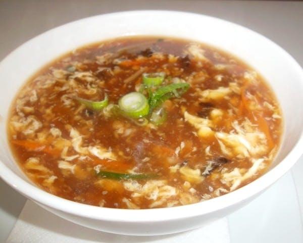 Supă acru-picantă de pui