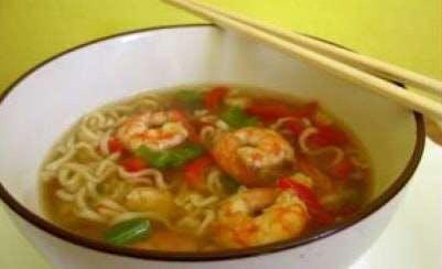 Supă chinezească cu fructe de mare