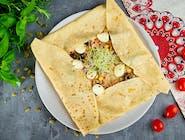 15. Naleśnik z tuńczykiem, kukurydzą, oliwkami i mozzarellą