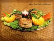 Mieszek z fileta drobiowego lub karkówki z masłem  i warzywami