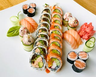 Zestaw Osaka Sushi Set 90 pln