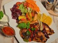 ZESTAW KIBICA 1: Grillowana pierś kurczaka + Ajran lub Lemoniada + Baklawa