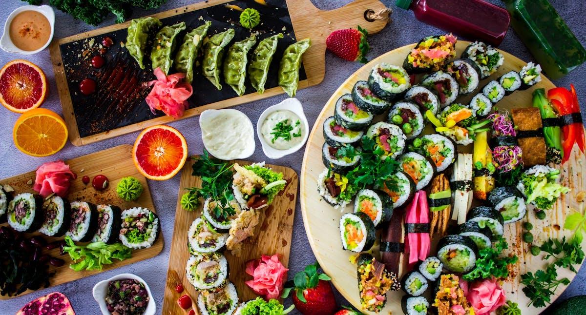 Główne wegańskie zestawy sushi