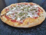 26. Pizza Al tonno (1,4,7)