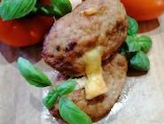 Mielony wp z masłem i pietruszką smażony, ziemniaki,   surówka