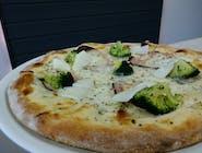 Pizza Broccola (sos biały)