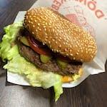 """15.""""Burger á la kráva"""""""