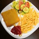 45. Vyprážaný syr s hranolkami