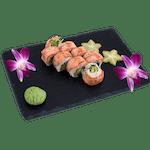 Uramaki - Owijane opalanym łososiem i szczypiorkiem