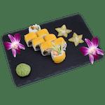 Uramaki - Pieczony łosoś owijany mango