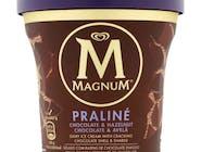 Magnum czekoladowym-orzechowym