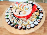 Tort z sushi duży