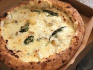 Pizza Bianca - 17. QUATTRO FORMAGGI