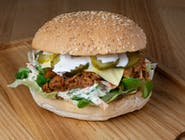 """Burger """"Przyzwoita Szarpanina"""" z wieprzowiną"""