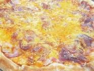 26. Pizza Dolce cipolla veľká (1,7,12)
