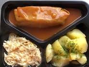 Gołąbek w sosie pomidorowym,ziemniaki,surówka