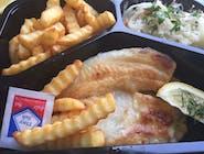Ryba tilapia smażona,ziemniaki,surówka