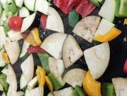 Povrće s grila s mozzarellom