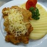 Kurací Čiernohorský rezeň, varené zemiaky│1,3,7