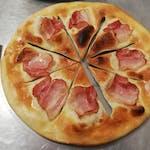 29. Pizza posúch s cesnakom a slaninou