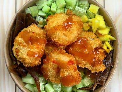 Bowl z krewetkami w tempurze
