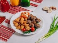 Frykadelki smażone z ziemniakami wiejskimi