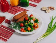 Kiełbaski lwowskie z warzywami gotowanymi