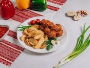 Frykadelki w sosie z ziemniakami po kozacku