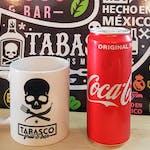 Coca Cola 0,33 l +Kubek Tabasco