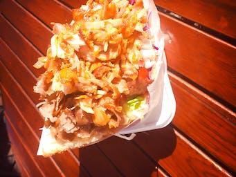 Kebab duży w bułce- mięso mieszane
