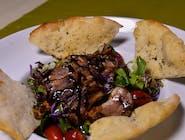 Salată cu piept de rață