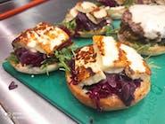 Halloumi Burger / Халлуми бургер (вегитарианский)
