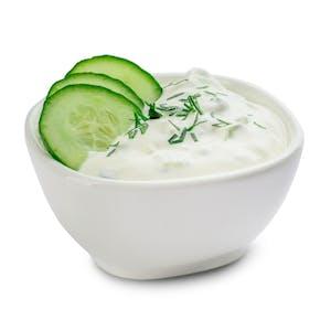 Sos jogurtowy koperkowo - ogórkowy