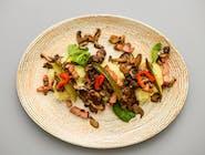Ficăței de pui cu bacon, ciuperci și piure