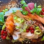 Sashimi 15 kawałków owoców morza