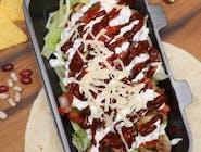 Salată cu Carne de Pui la grătar