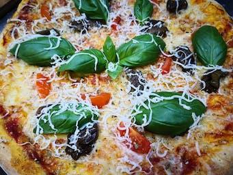 Pizza alla norma z Bakłażanem