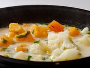 Zupa Dnia / Letnia zupa jarzynowa na kremowym serku topionym