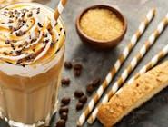 Kawa Mrożona z bita śmietaną i polewą czekoladą