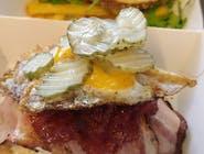 Burger  De Luxe        Śląski   Knobloch